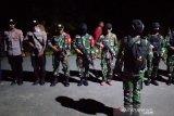 Polisi terjunkan personel terkait pembunuhan tiga warga