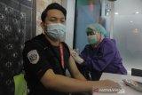 Bandara SMB II gelar vaksinasi