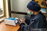 Karyawan rumah sakit Kudus jalani tes bebas COVID-19  secara periodik