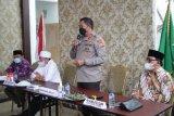 Kapolda Nana Sudjana  silaturahim dengan tokoh agama