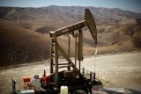 Harga minyak dunia, Brent 63,20 dolar, WTI 59,60 dolar per barel
