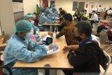 Bandara Adisutjipto menyelenggarakan vaksinasi kepada pegawai dan BUMN