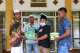 Legislator bagikan Al-Quran di Pulau Lombok menjelang Ramadhan