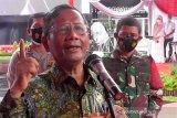 Menko Polhukam Mahfud MD tegaskan diskresi pemerintah bukan kerumunan usai kepulangan Rizieq