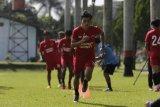 Pelatih dan pemain PSM kecam pelaku bom bunuh diri di Makassar