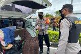 Polisi perketat pemeriksaan masuk ke Bandara Internasional Minangkabau antisipasi aksi teror