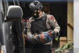 Densus 88 Antiteror Amankan Bahan Peledak Dan Bom Rakiitan Di Rumah Terduga Teroris