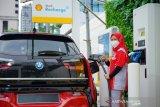 Shell Indonesia memperkenalkan stasiun pengisian  pertama