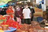 Wali Kota Kendari meminta masyarakat tak panik soal stok pangan Ramadhan
