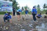 Bupati Sinjai : Penanaman bakau salah satu upaya mitigasi bencana