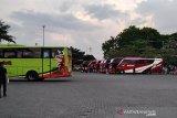 Penyedia jasa transportasi umum di Kudus minta larangan mudik dikaji ulang