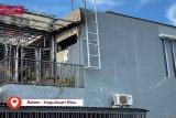 Kebakaran di perumahan tewaskan satu orang