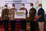 Bank Jateng Cabang Sukoharjo buka layanan devisa.