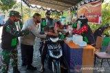 Kejar target Kampung Sehat 2, Polres Lotara gelar drive thru vaksin COVID-19