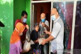 Anggota DPR  salurkan bantuan paket sembako untuk korban banjir di Sigi