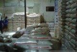 Dinas pangan pastikan stok beras cukup hingga lebaran di Pessel