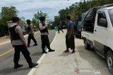 Polisi bersenjata berpatroli perbatasan Sultra-Sulsel persempit terorisme