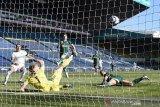 Leeds mengatasi Sheffield United berkat gol bunuh diri