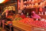 Pedagang  keluhkan kenaikan tarif retribusi Pasar Simpong di Banggai