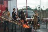 Wow, Kejari Batang musnahkan 780.000 rokok ilegal