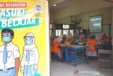 Siswa dilarang naik angkutan umum saat sekolah tatap muka dimulai