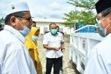Semen Padang bantu Masjid Raya Sumbar kontainer sampah