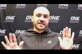 Eddie Alvarez tak ingin lengah  saat hadapi Lapicus di ONE Championship