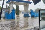 BPBD Rote Ndao evakuasi ratusan warga akibat banjir pesisir
