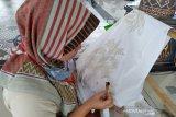 Perajin batik didorong gunakan malam berbahan minyak sawit
