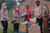 Dinsos Mamuju Tengah berikan bantuan kepada korban angin kencang