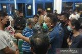 Tiket habis, ratusan penumpang KM Sabuk Nusantara kecewa di Banggai