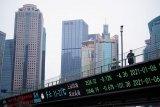 Pasar saham Asia tegang di bawah bayang-bayang Evergrande
