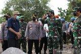 Panglima TNI dan Kapolri tinjau korban bencana alam di NTT