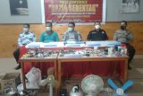 Petugas gabungan amankan barang terlarang warga binaan Rutan Manado