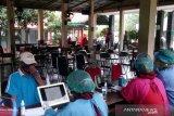 98 nakes di Puskesmas Cipayung telah disuntik vaksin dosis ketiga
