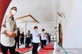 Presiden Jokowi Shalat Jumat di masjid Lembata, NTT