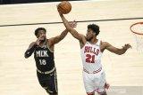 Trae Young cetak 42 poin saat  Hawks taklukkan Bulls