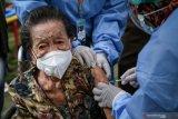 Capaian vaksinasi lansia di Kalteng masih rendah