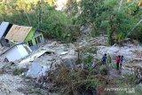 Sebagian Desa Tunbaun di Kupang tenggelam diterjang Siklon Tropis Seroja