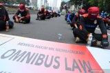 Penyandang disabilitas dan mahasiswa ajukan gugatan UU Cipta Kerja ke MK