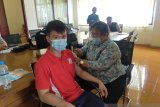 Atlet Pelatda Sumut mendapatkan vaksin COVID -19 hadapi PON XX  Papua