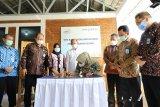 Bupati Sleman meresmikan Bangsal Titik Kumpul SayurPetani Hortikultura