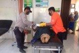 Seorang pemuda ditemukan tewas di pinggir Jalan Raya Desa Darek Loteng