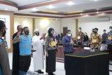 Panitia dan peserta seleksi penerimaan Polri tanda tangan pakta integritas