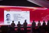 Desain SIM ditayangkan saat peluncuran aplikasi SIM Nasional Presisi Korlantas Polri (Sinar) untuk perpanjangan SIM secara daring di Jakarta, Selasa (13/4/2021). Kapolri meluncurkan aplikasi Sinar untuk perpanjang SIM secara daring agar masyarakat dapat melakukan pembuatan dan perpanjangan SIM A dan SIM C dari mana saja secara online dengan mengunduh platform digital Korlantas di Android maupun Apple. ANTARA FOTO/ Reno Esnir/nym.