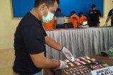 Lima tersangka penyalahgunaan narkoba ditangkap polisi di Limapuluh Kota, seorang ditembak dan meninggal di RSUD