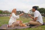 Keraton Ratu Boko menawarkan paket piknik eksklusif di sore hari