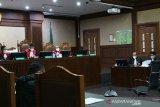 Edhy Prabowo didakwa terima suap senilai Rp25,75 miliar