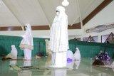 Bupati Tulangbawang laksanakan Shalat Tarawih bersama masyarakat
