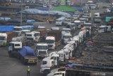 Neraca perdagangan Indonesia surplus